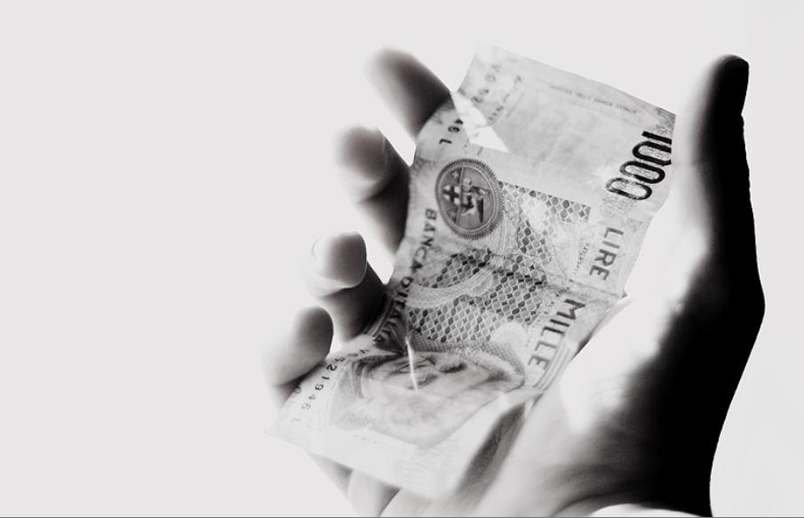 Dapps お金 予算